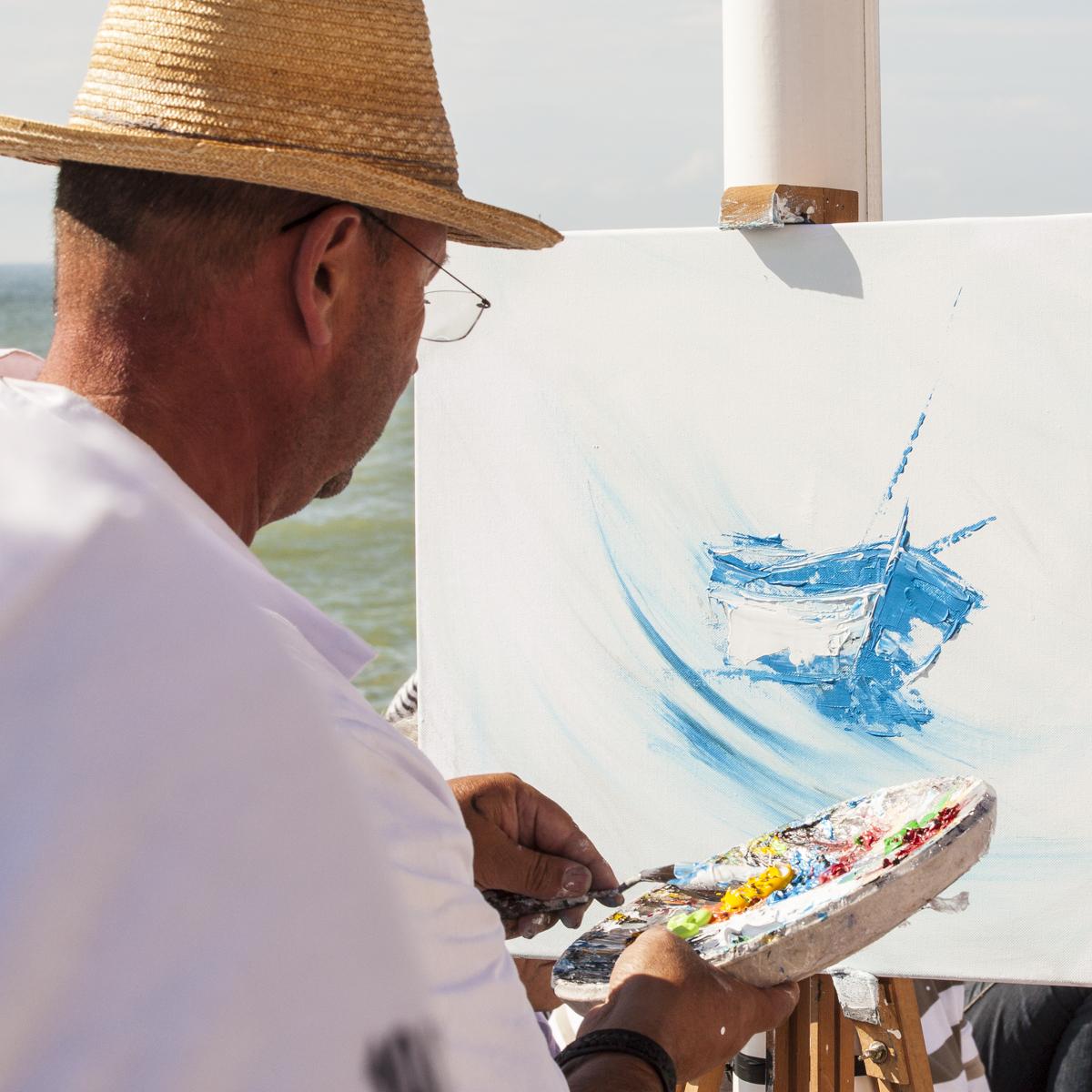 Journée de la peinture à BOURTHES (exposition et peinture dans la rue)
